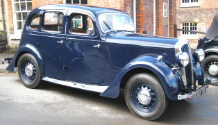 1946 - 1949 Singer Super Ten Saloon