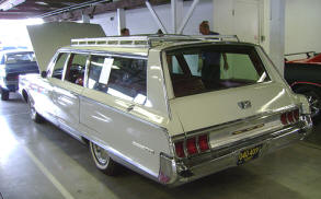 1965 Chrysler New Yorker Town & Country