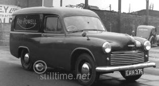 1950 - 1953 Commer Supervan