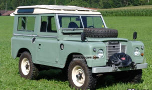 1971 - 1984 Land Rover 88 Station Wagon