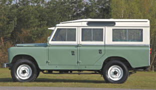 1979 - 1984 Land Rover Station Wagon 109 V8
